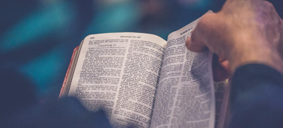 4 Ways to Invite God's Word into Your Life